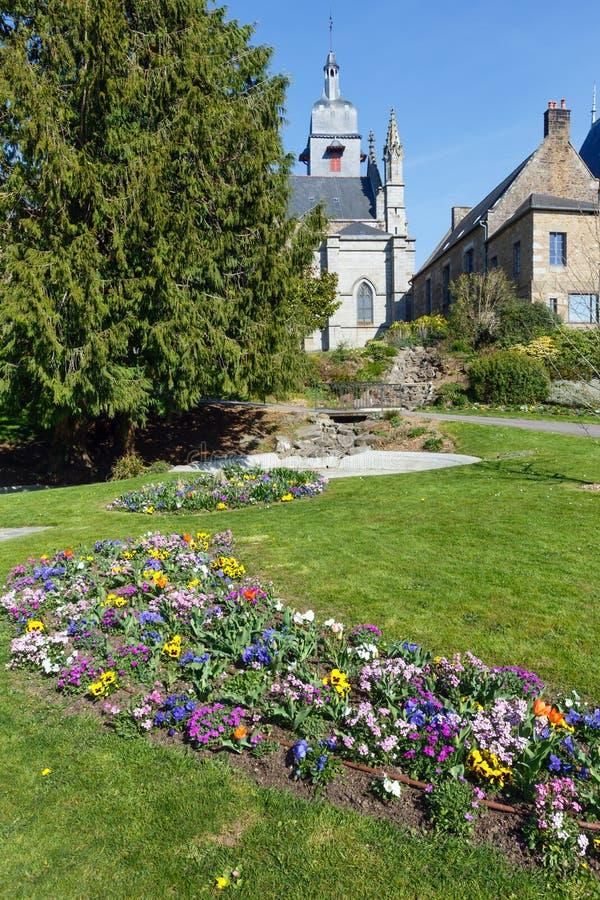 Igreja de St Leonard, Fougeres, França fotografia de stock