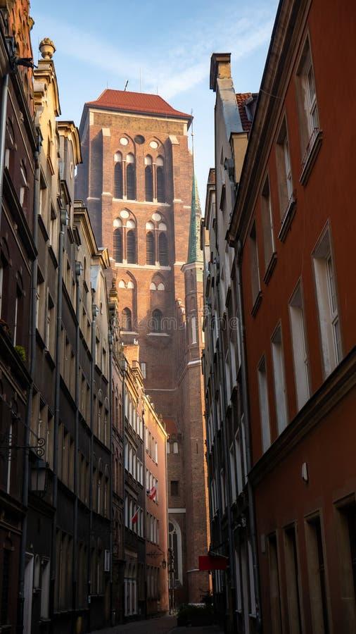 A igreja de St Mary em Gdansk, Polônia imagens de stock