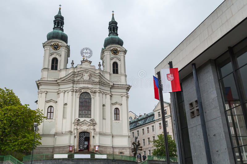 Igreja de St Mary Magdalene Karlovy varia fotos de stock royalty free