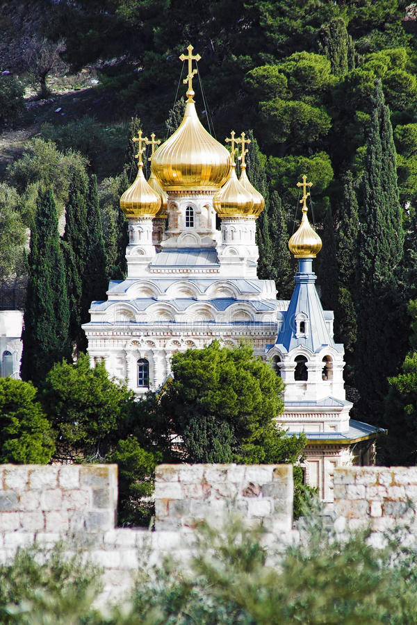 Igreja de St. Mary Magdalene na montagem das azeitonas foto de stock