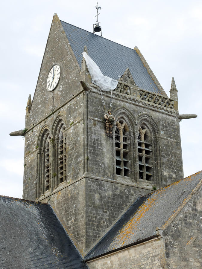 Igreja de St mero Eglise, Normandy - paramilitar fotografia de stock