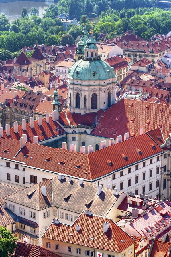 Igreja de St Nikolas, Praga fotos de stock