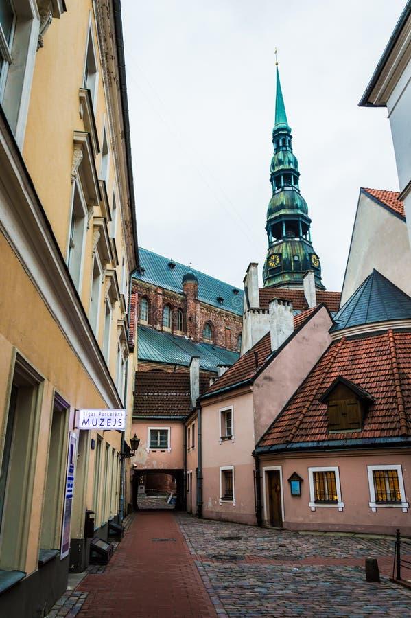 A igreja de St Peter, Riga Letónia fotografia de stock