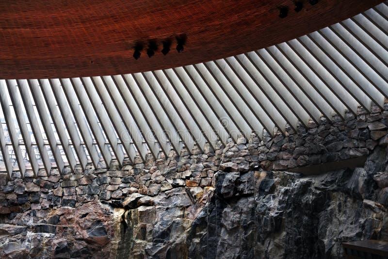 Igreja de Temmpeliaukio, Helsínquia, Finlandia imagens de stock royalty free