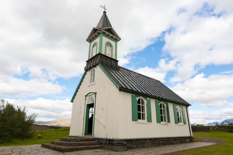Igreja de Thingvellier no parque nacional de Thingvellir, Islândia foto de stock