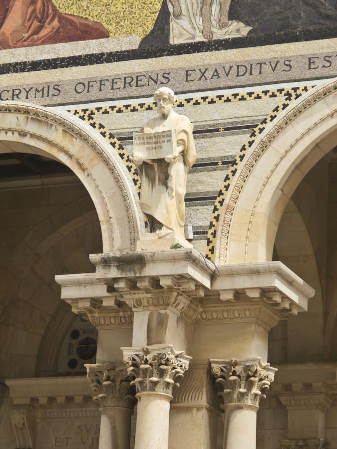 Igreja de todas as estátuas das nações imagens de stock