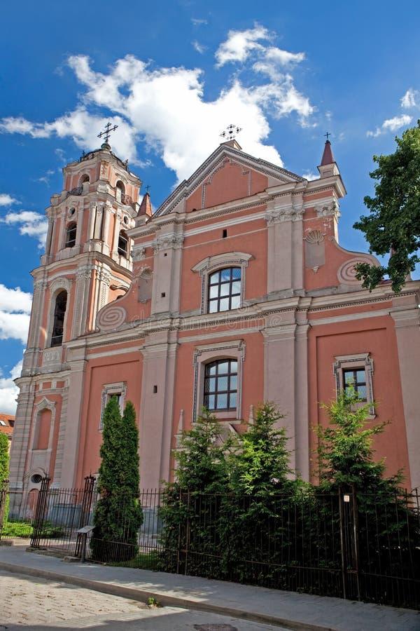 A igreja de todos os Saint em Vilnius imagens de stock