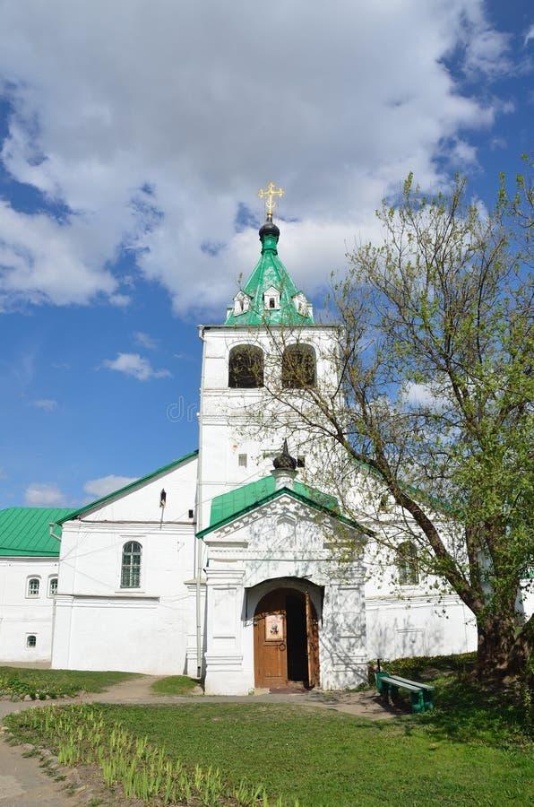 Igreja de Uspenskaya em Aleksandrovskaya Sloboda, regi?o de Vladimir, anel dourado de R?ssia fotos de stock royalty free