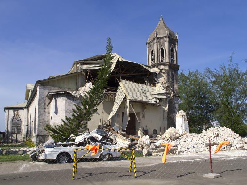 Igreja desmoronada imagens de stock