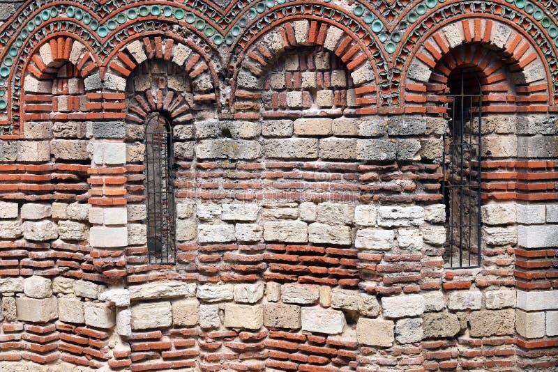 Igreja detalhe Nessebar da parede santamente dos arcanjos Michael e do Gabriel imagens de stock royalty free