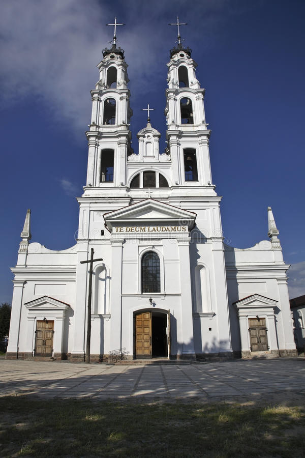 Igreja do arcanjo Michael em Ashmyany belarus fotos de stock