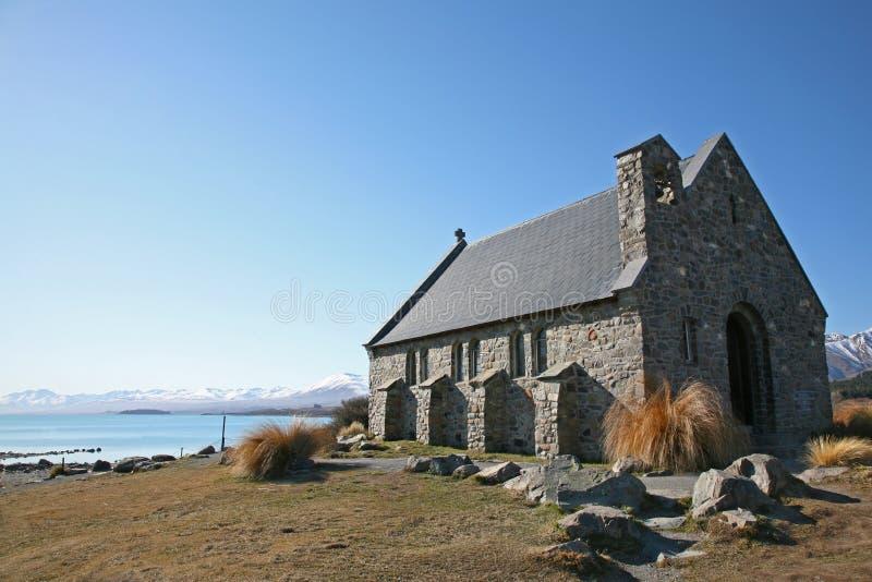 Igreja do bom pastor em uma manhã do ` s do inverno fotografia de stock