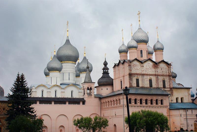Igreja do Kremlin de Rostov, região de Yaroslavl, Rostov fotos de stock royalty free