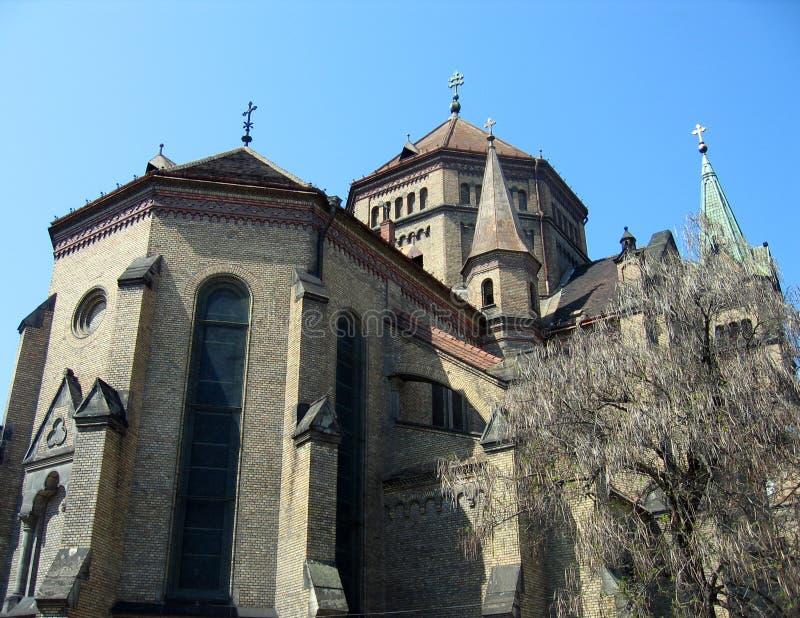 Download A Igreja Do Milênio - Timiso Foto de Stock - Imagem de detalhe, árvore: 125012