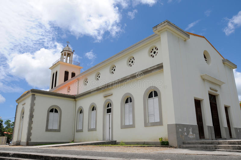 Igreja do pequeno canal em Guadalupe imagens de stock