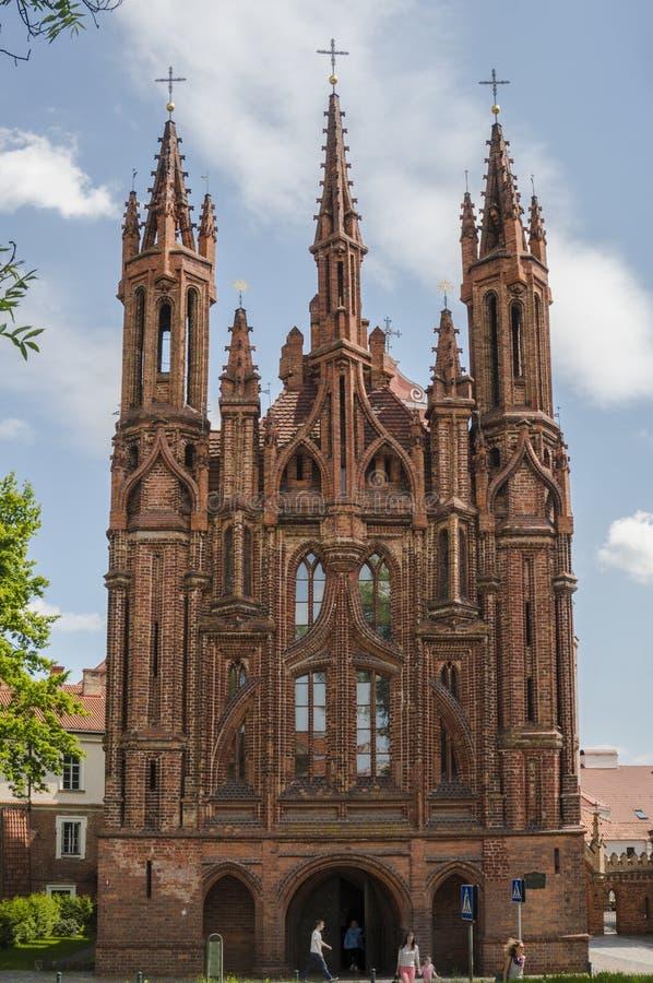 Igreja do ` s de St Anna em Vilnius, Lituânia imagens de stock royalty free