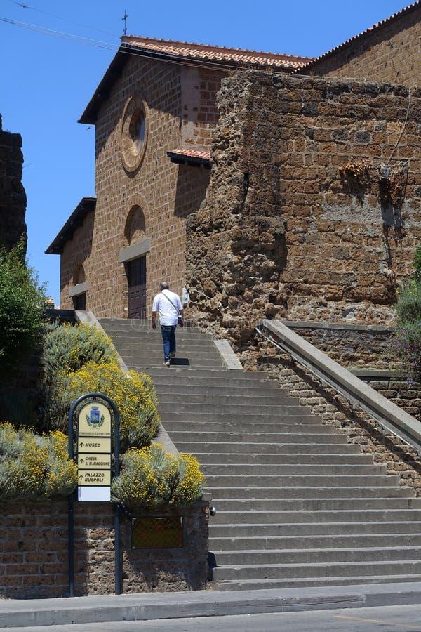 Igreja do ` s de St Mary em Cerveteri fotografia de stock royalty free