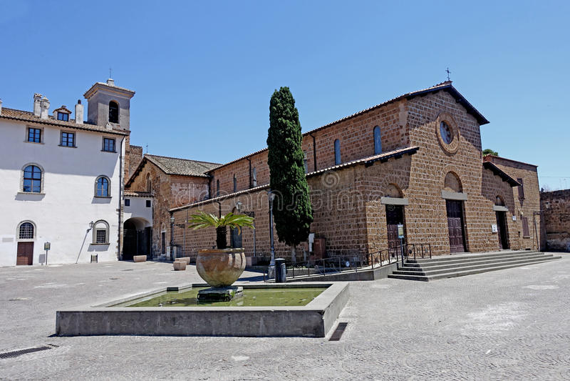 Igreja do ` s de St Mary em Cerveteri imagem de stock royalty free