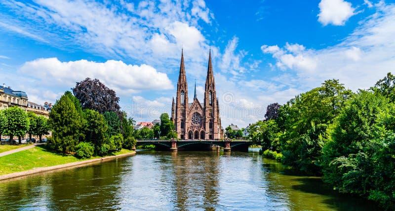 Igreja do ` s de St Paul em Strasbourg, Alsácia, França imagem de stock royalty free