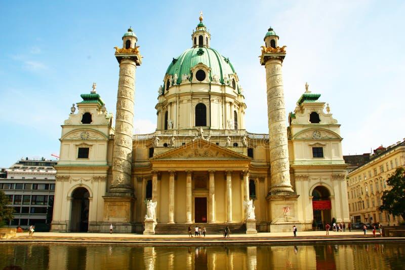 Download Igreja Do St. Charles, Viena Foto de Stock - Imagem de museu, edifício: 26506028