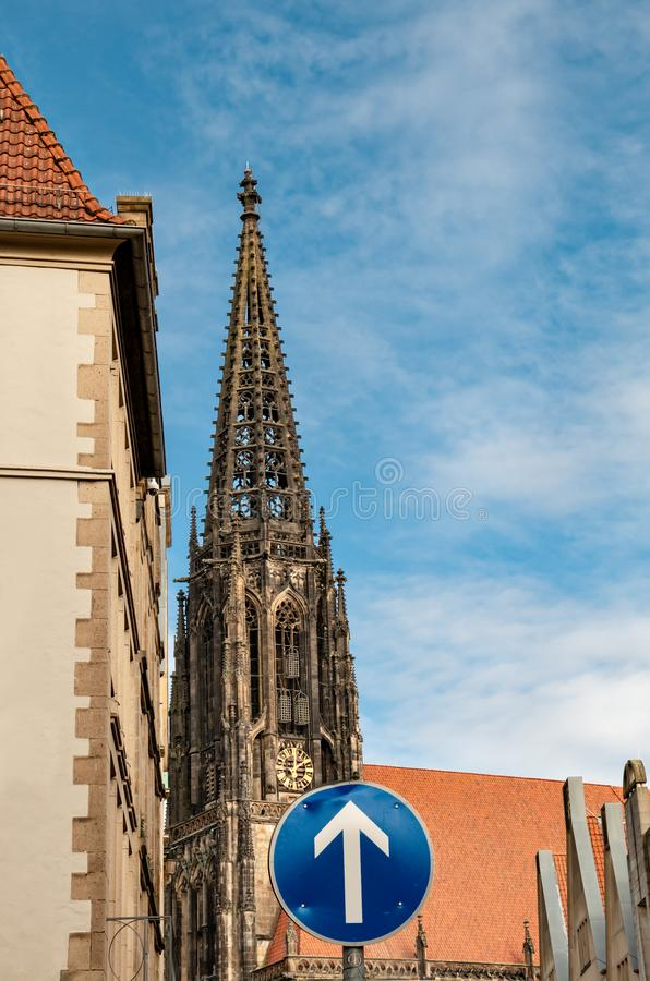 Igreja do St Lamberti, Prinzipalmarkt, nster Reno-Westphalia norte NRW do ¼ de MÃ foto de stock royalty free