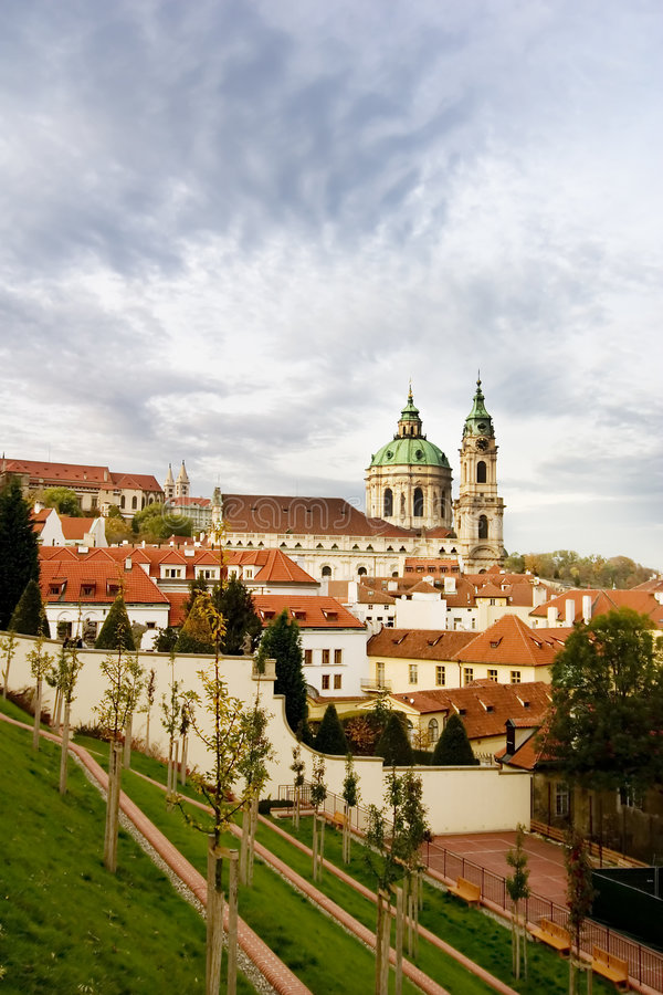 Igreja do St. Nicolaus - Praga foto de stock