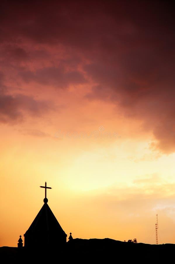 Igreja e céu vermelho fotografia de stock royalty free