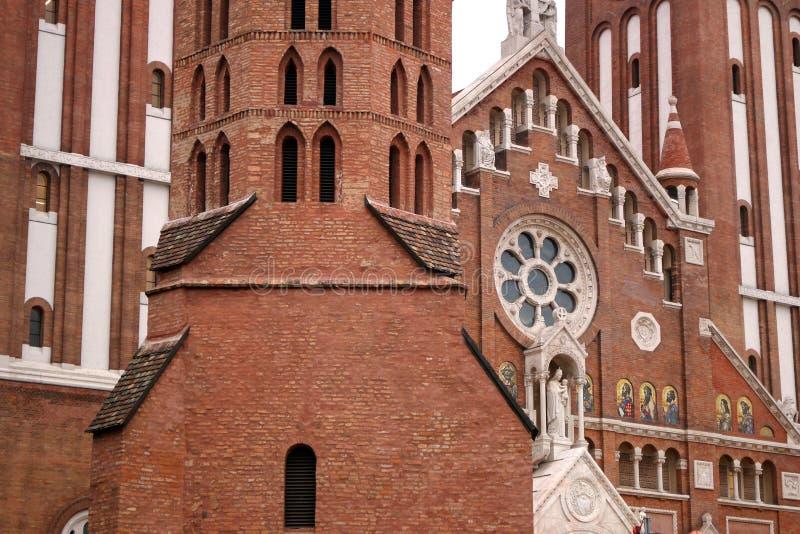 A igreja e a catedral votivas de nossa senhora de Hungria Szeged fotografia de stock