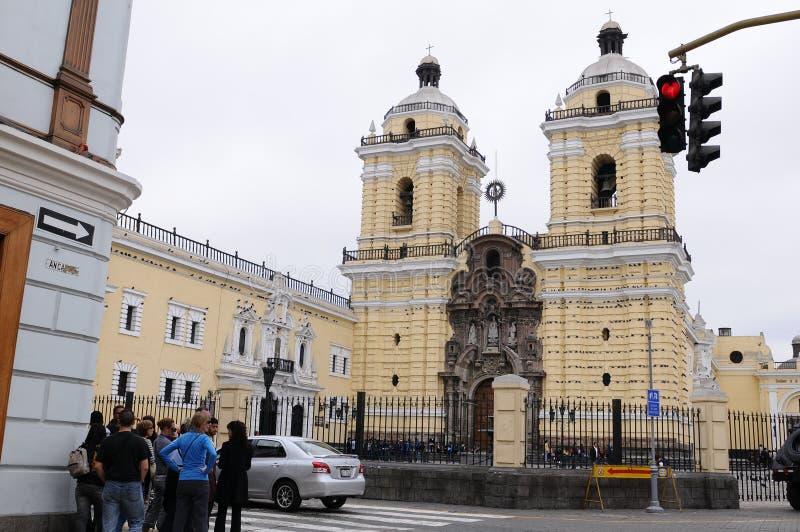 Igreja e convento de San Francisco Corner de Lampa e de Ancash - caminhada 5 minuto da plaza de Armas imagem de stock royalty free