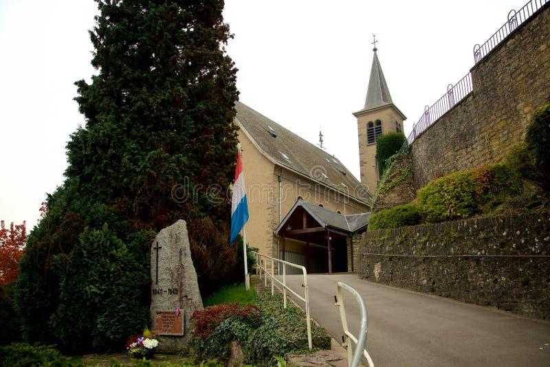 Igreja e memorial em Schengen, Luxemburgo foto de stock royalty free