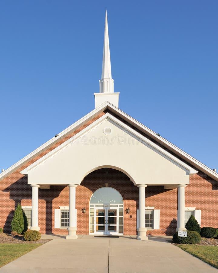 Igreja e steeple imagem de stock