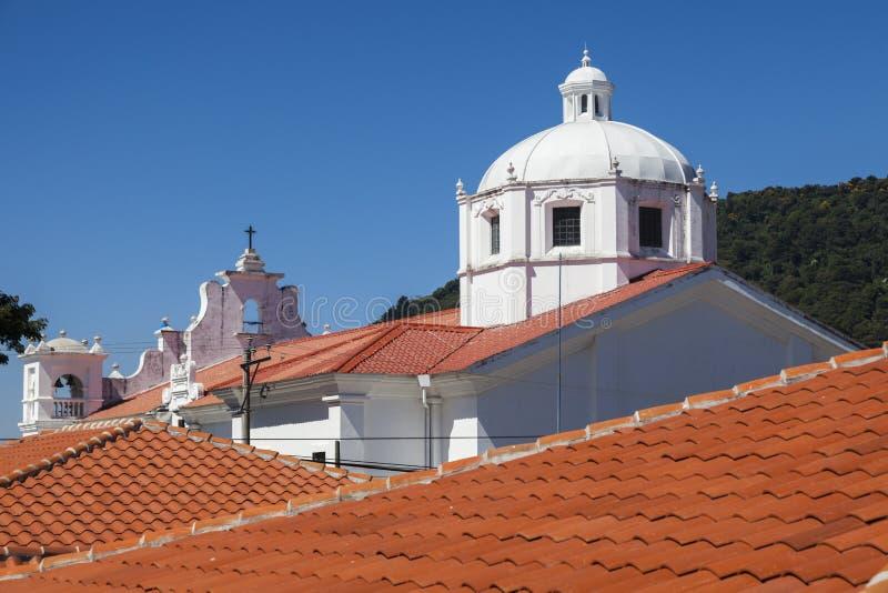Igreja em Apaneca, El Salvador imagens de stock