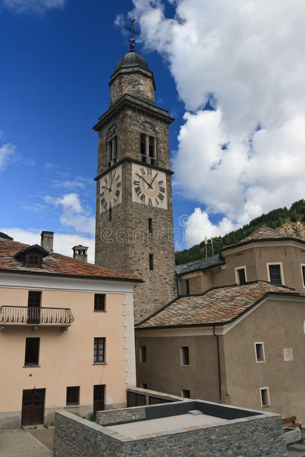 Igreja em Cogne, Italy fotografia de stock royalty free
