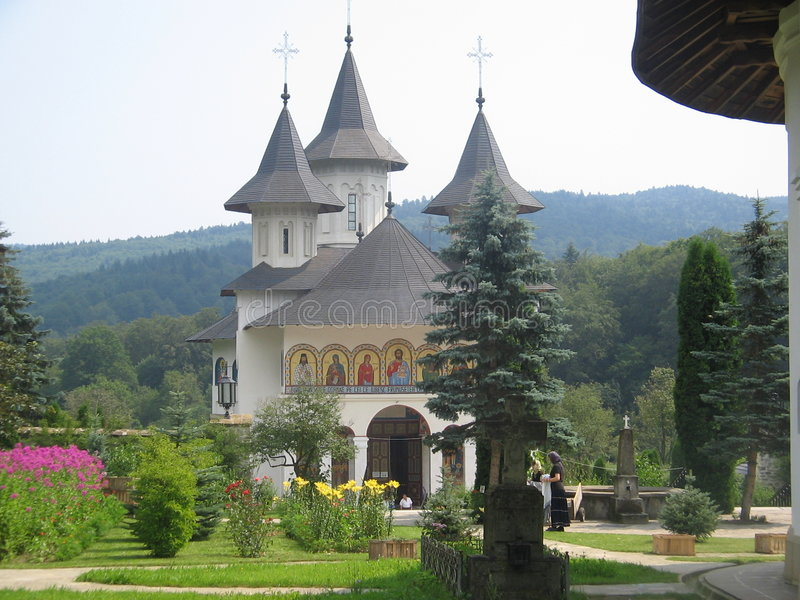 Igreja em Moldávia imagem de stock royalty free