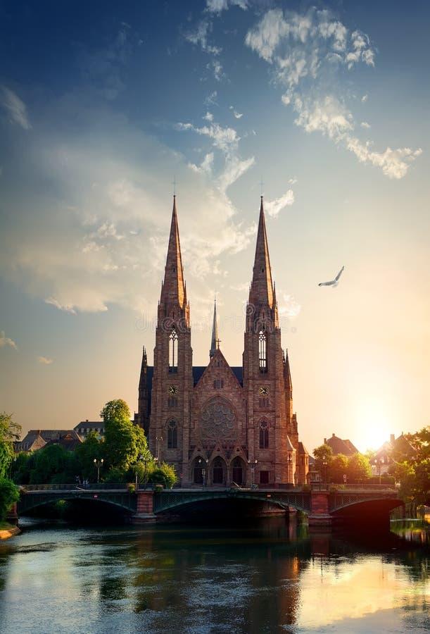 Igreja em Strasbourg imagens de stock royalty free