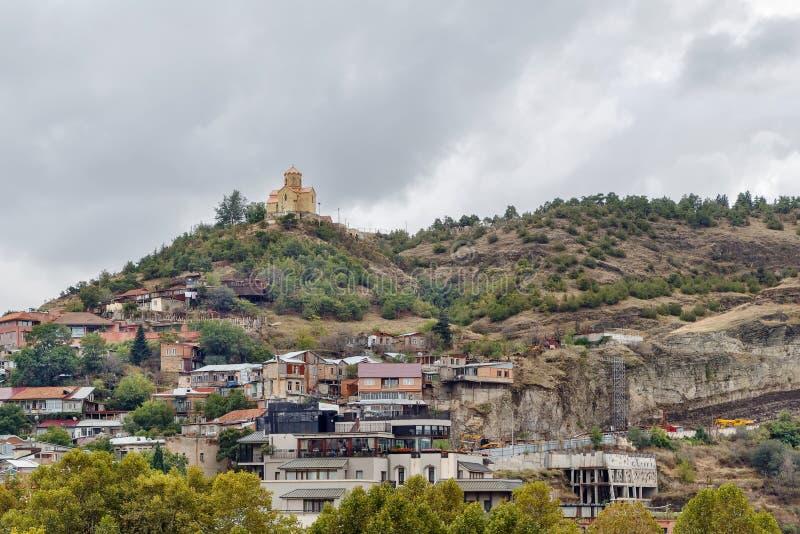 Igreja em um monte, Tbilisi, Geórgia fotos de stock royalty free