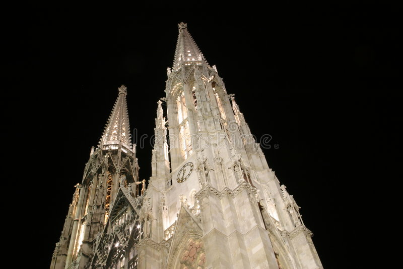 Igreja em Viena - Votiv Kirche foto de stock royalty free