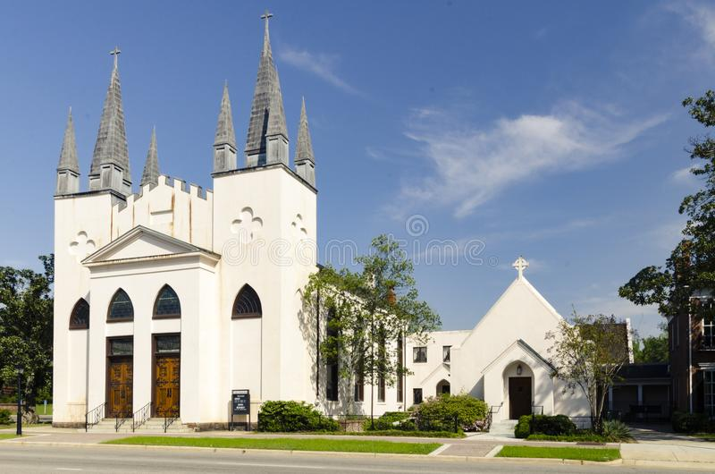 Igreja episcopal do ` s de St John, Fayetteville NC 28 de março de 2012: proeminente cerca da igreja da comunidade 1817 fotos de stock
