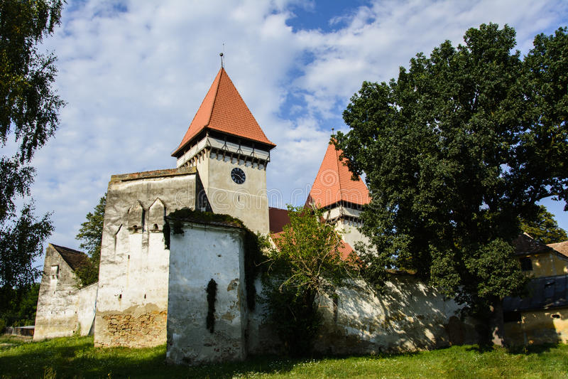 Igreja evangélica fortificada de Dealu Frumos, a Transilvânia, Romênia foto de stock royalty free