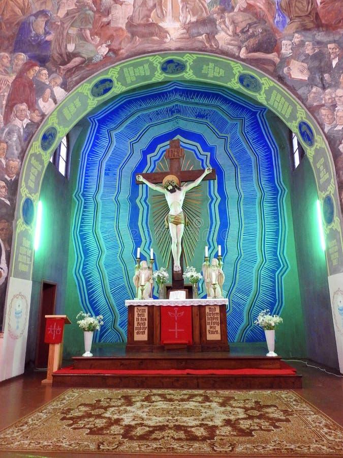 Igreja evangélica velha bonita para dentro, Lituânia imagem de stock royalty free
