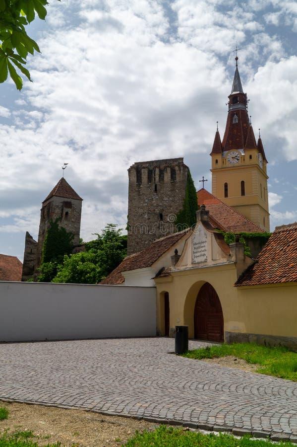 Igreja fortificada evangélica de Cristian, Brasov, Romênia imagem de stock