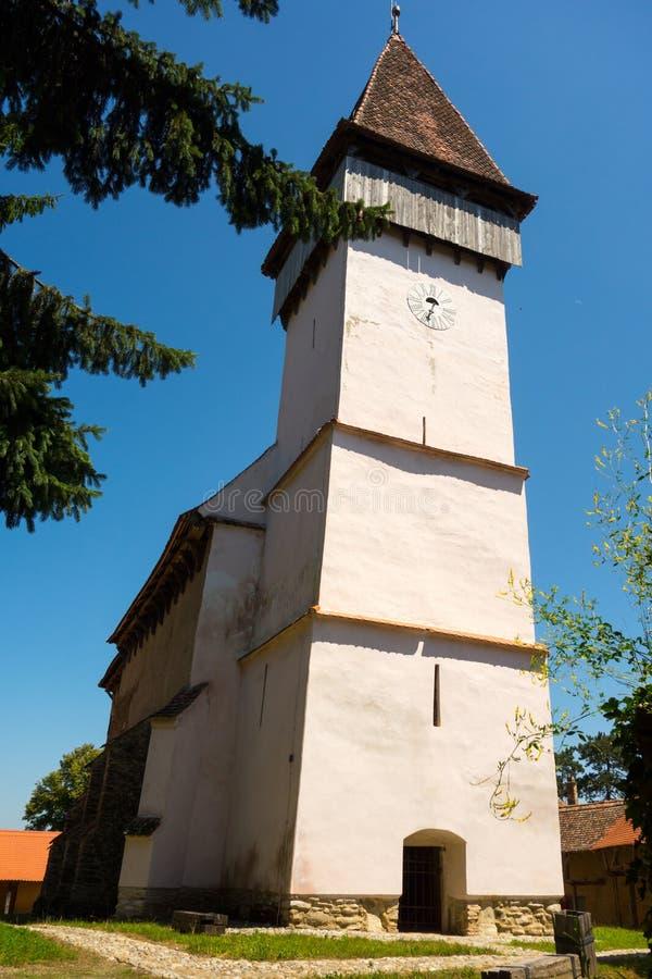 A igreja fortificada Evangelical em Mesendorf do condado de Brasov, Romênia imagens de stock royalty free