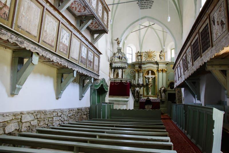Igreja fortificada medieval de Bunesti, Bodendorf, a Transilvânia, Romênia fotografia de stock royalty free