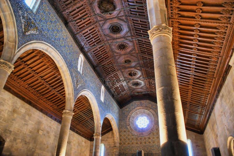 Igreja gótico interna em Caminha foto de stock royalty free