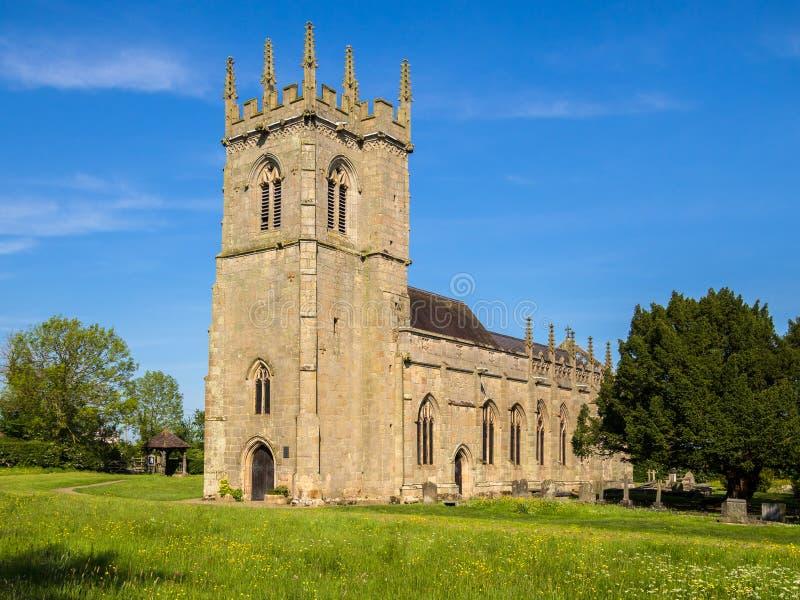 Igreja histórica do campo de batalha em Shrewsbury, Inglaterra foto de stock