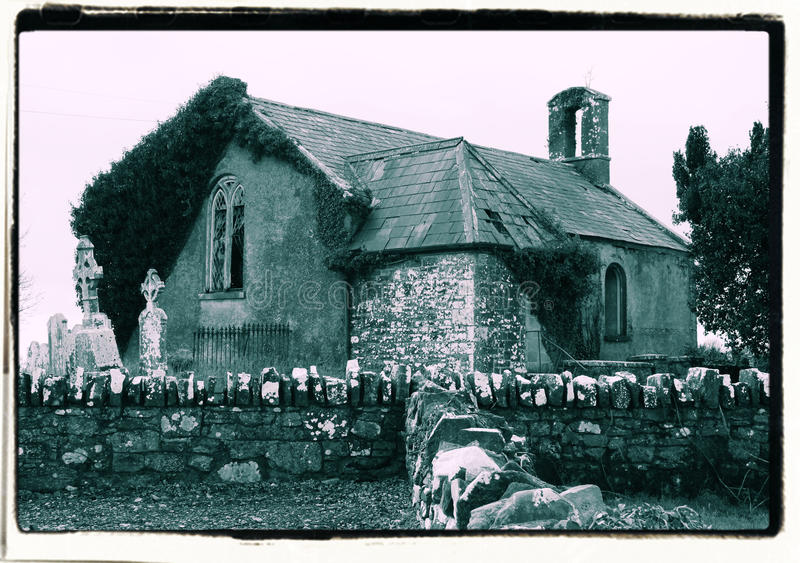 A igreja irlandesa velha fotografia de stock