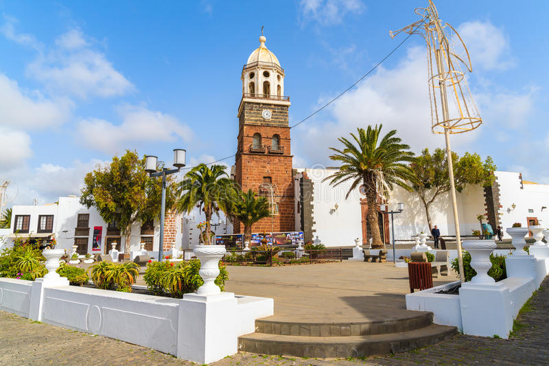 Igreja na cidade de Teguise foto de stock royalty free