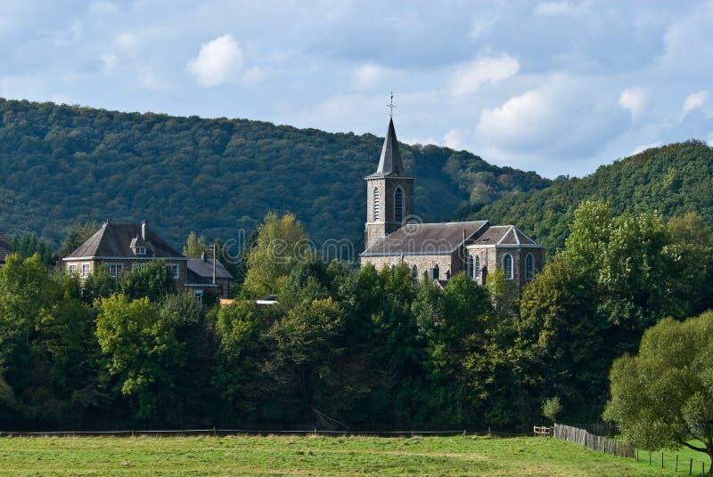 Igreja na floresta foto de stock royalty free
