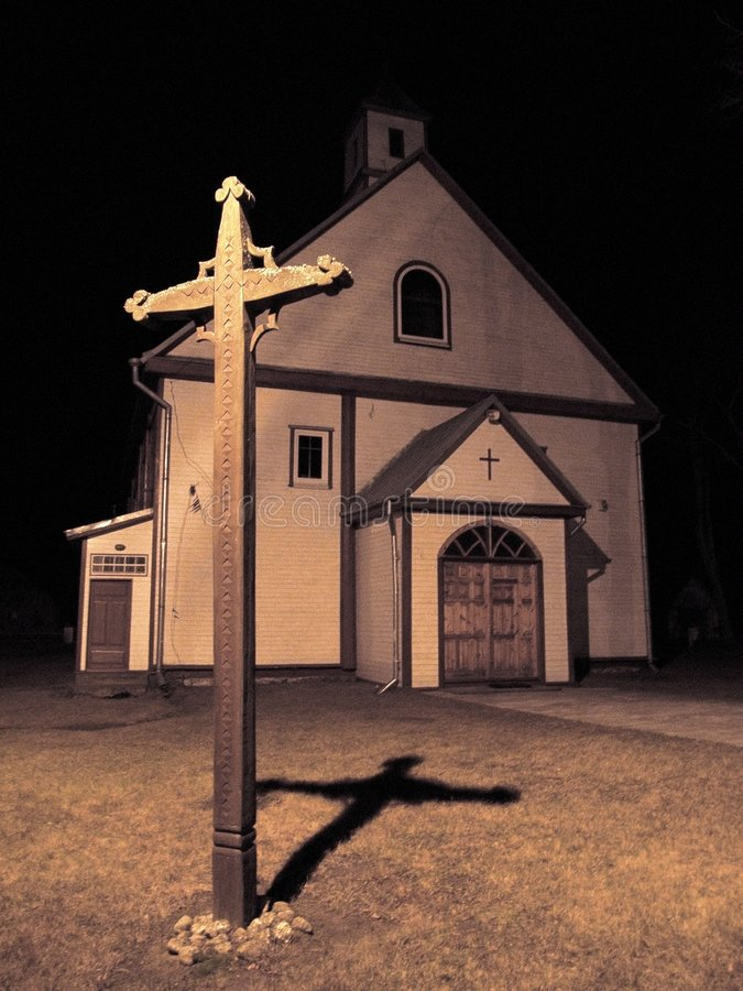 Igreja na noite fotos de stock royalty free