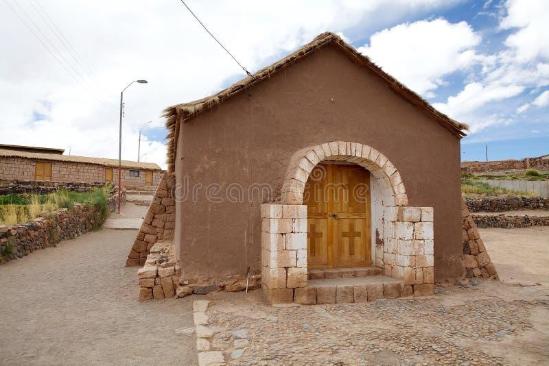 Igreja na vila de Socaire, o Chile imagem de stock royalty free